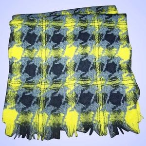 Lochcarron Made in Scotland 100 % Pure Wool Yellow